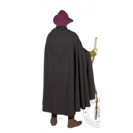 Medieval coat made from a semicircle with no lining